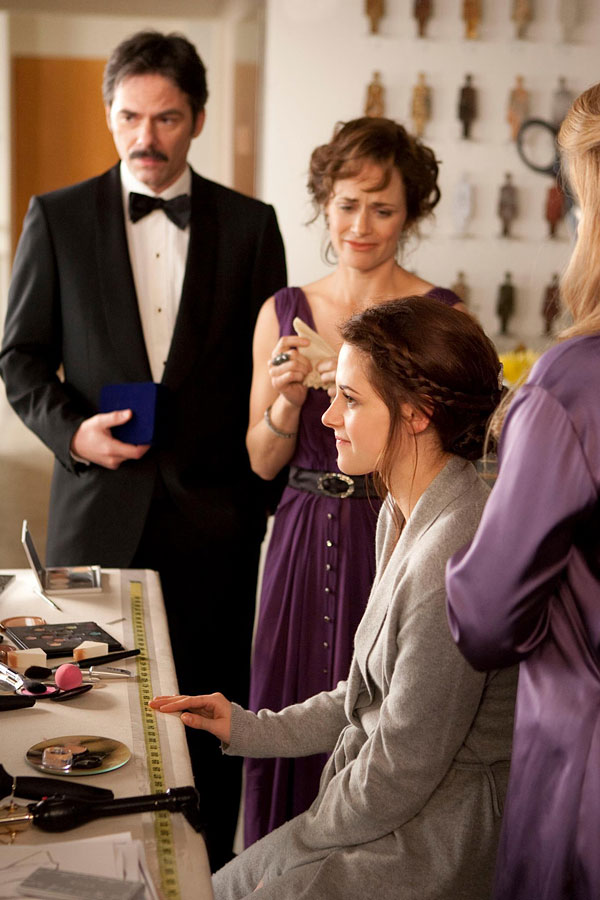 Bella Swan's Bridal Look Sneak Peek
