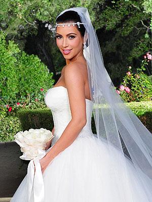 Kim Kardashian, Kim Kardashian wedding, Kim Kardashian wedding hair, Kim Kardashian hair, Kim Kardashian hair style, wedding hair, celebrity hair style