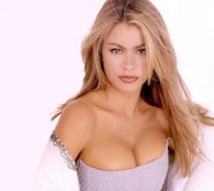 sofia vergara, sofia vergara blonde, sofia vergara blonde hair, sofia vergara hair
