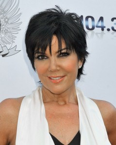 kris jenner, kris jenner hair, kris jenner hair style, kris jenner hair cut