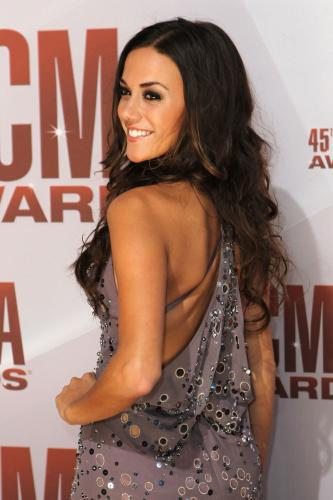 Jana-Kramer-at-the-2011-CMA-Awards-in-Nashville_19