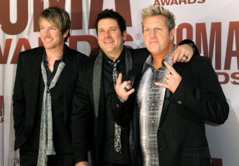 Rascal-Flatts-at-the-2011-CMA-Awards-in-Nashville_40