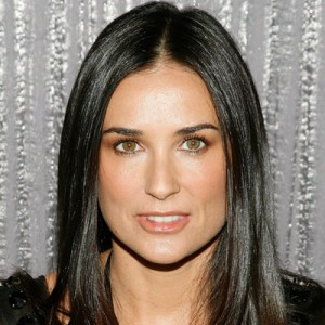 demi moore, demi moore hair, center part hair, celebrity hair, demi more hair style