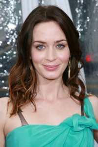 emily blunt, emily blunt hair, emily blunt hair style, emily blunt hair color, emily blunt ombre hair