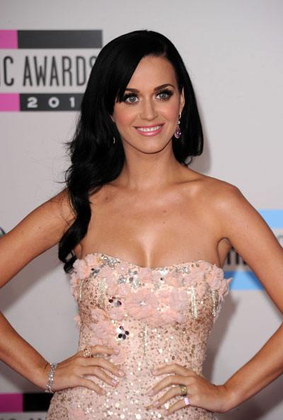 1122-katy-perry-hair-makeup-amas_bd