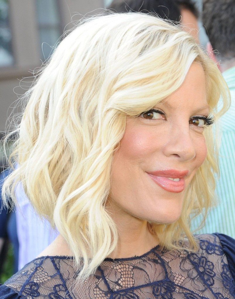 Tori Spelling, hair, hairstyle, celebrity hair