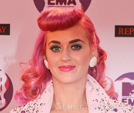 Katy-Perry-2011-pink-Hair-2
