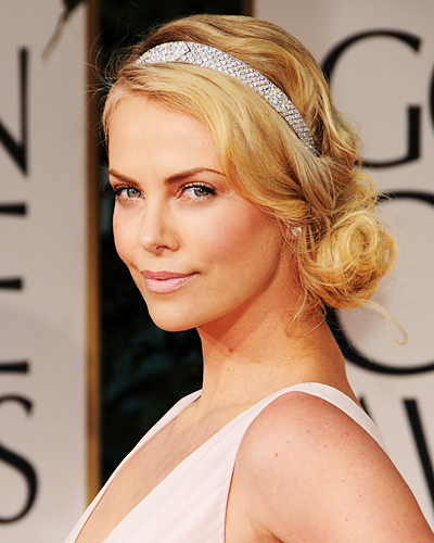 2012 Golden Globes Hair &#8211; Charlize Theron