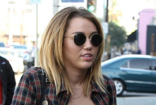 miley cyrus hair cut, miley cyrus cuts hair, miley cyrus hair