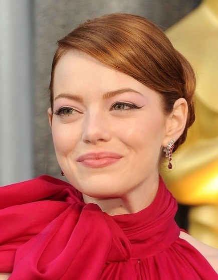 Emma Stone, Emma Stone hair, Emma Stone oscar awards, Emma Stone 2012 academy awards, Emma Stone hair style, Emma Stone 2012 oscars, Emma Stone academy award show