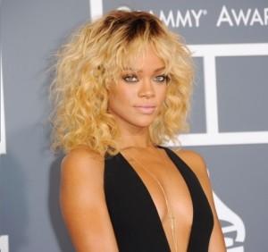 Rihanna Grammy Awards 2012