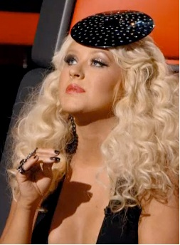 Christina Aguilera,Christina Aguilera Fascinator, The Voice, Christina Aguilera hair, Christina Aguilera hairstyle