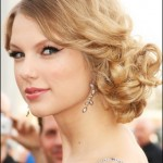 taylor swift chignon, taylor swift, taylor swift hair, taylor swift hairstyle, taylor swift hair style