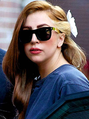 lady gaga brown hair, lady gaga hair, lady gaga celebrity hair