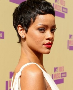 Rihanna 2012 VMA