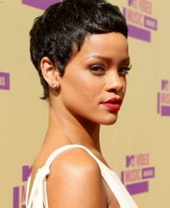 Rihanna 2012 VMA
