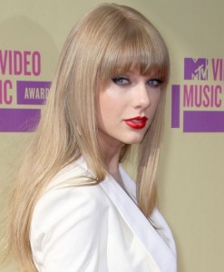 Taylor Swift VMAs 2012
