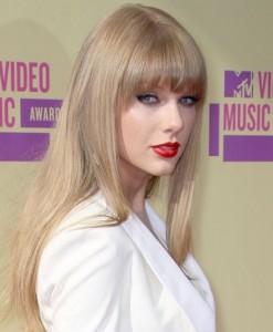 Taylor Swift VMAs 2012