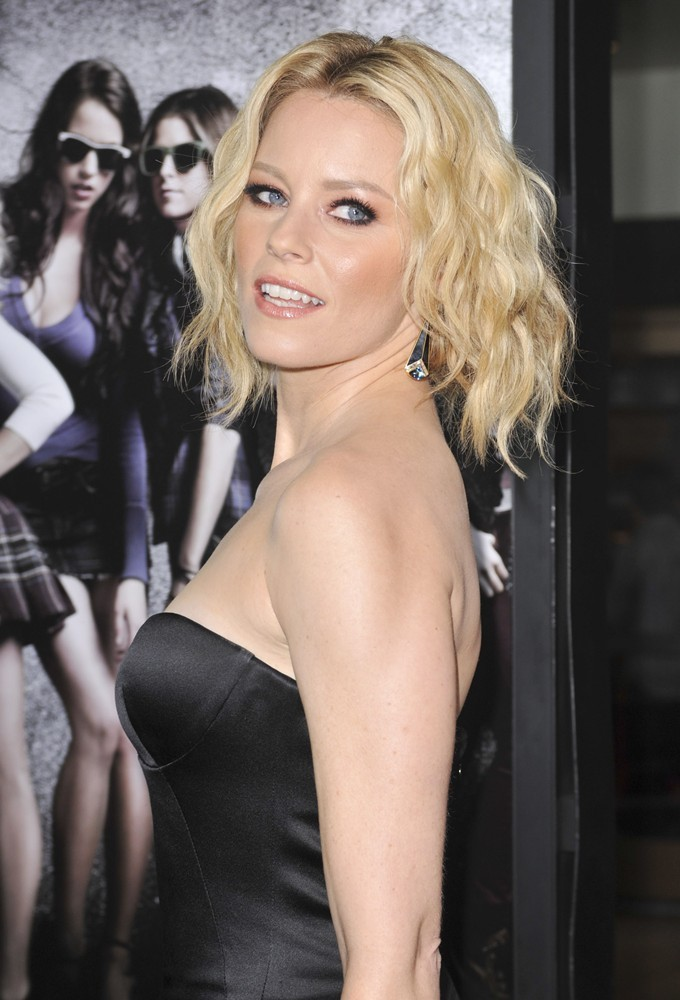 elizabeth banks pitch perfect, elizabeth banks hair, elizabeth banks faux bob, how to