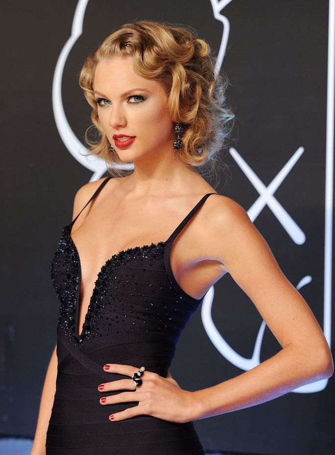 Taylor Swifts Gorgeous VMA Hair!