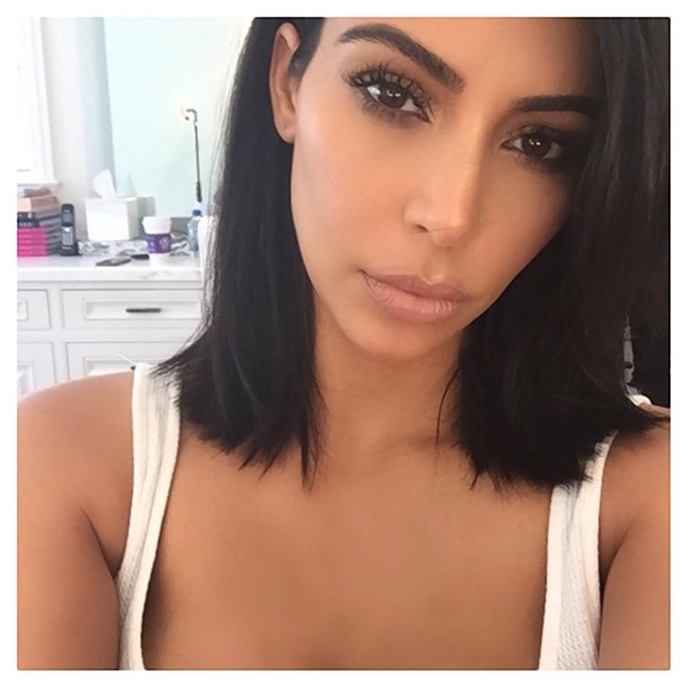 kim kardashian, kim kardashian hair, kim kardashian new hair, kim kardashian new short hair, kim kardashian short hair, kim kardashian new look, kim kardashian style, kim kardashian hair style