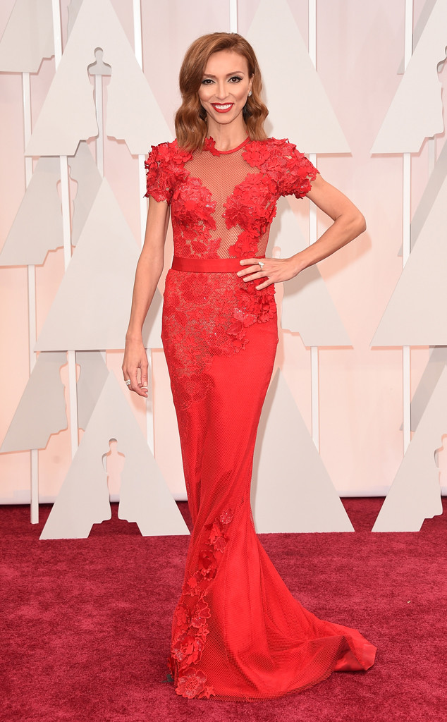 giuliana rancic red carpet, giuliana rancic  oscars, giuliana rancic red dress, giuliana rancic red hair, giuliana rancic oscar look
