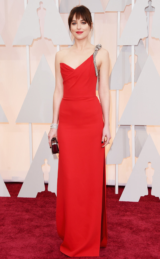 dakota johnson oscars, dakota johnson, dakota johnson oscar hair, dakota johnson oscar look, dakota johnson oscar red carpet, dakota johnson red carpet, dakota johnson hair
